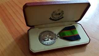 香港警察長期服務獎章連盒,有刻名