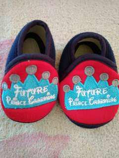 Sepatu new born