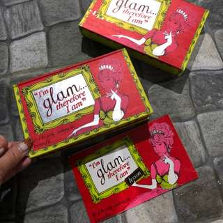 I'am Glam by Benefit