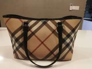 Burberry Nova Check Tote Bag Authentic
