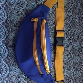 Waist Bag biru
