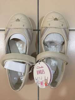Girls Clark's shoes size 9