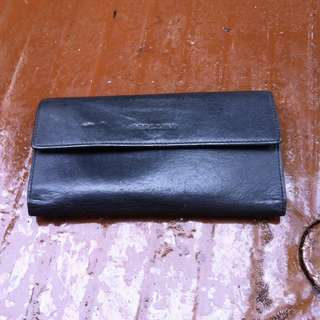 Perllini leather wallet.  In good condition.