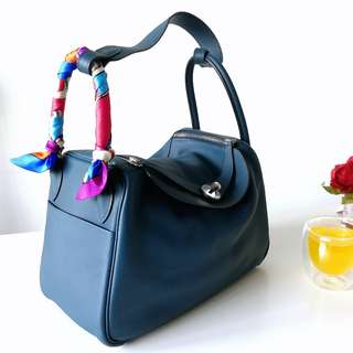 Authentic Hermès Lindy 30