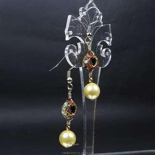 珍珠林~最美設計款~硨磲珍珠與手工製作藝術景泰藍最完美結合的珍珠耳環#168