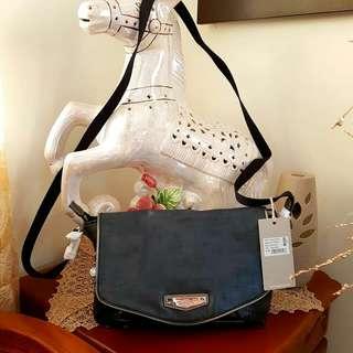 Kipling Sling Bag Original and Brand New