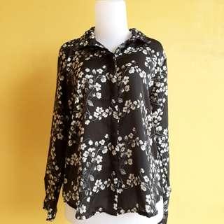 Flowy shirt (black)