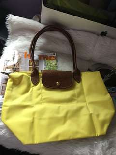 Authentic longchamp le pliage Small with sign of usage