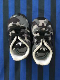 Adidas Black Baby / Infant Shoes (0- 3 months)