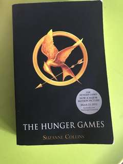 🚚 The hunger games book 1