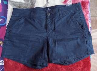 Celana pendek American Eagle