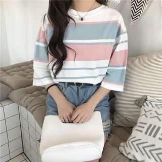 🚚 新款韓版寬鬆彩色條紋短袖休閒上衣百搭圓領套頭T恤【E1051】
