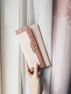 REPRICE! Les Cantino pink nude Wallet