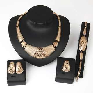Set Kalung & Anting jewelry sets