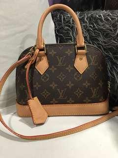 LV Handbag Alma Mini
