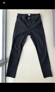 Jeans hitam h&m size 12