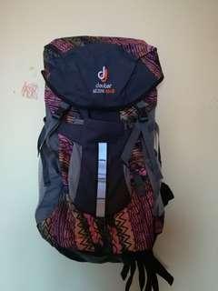 backpack deuter
