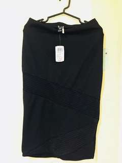 Windsor Pencil Skirt