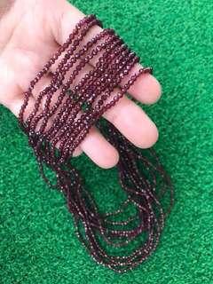Garnet 3 turns bracelet (cutting)