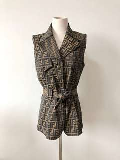**Sold 已售出** 💯真品 Auth Fendi zucca vest jacket 經典圖案背心外套