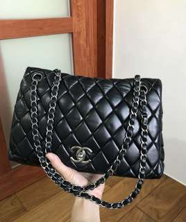 美品Chanel黑色羊皮銀扣jumbo flap bag 29x18.5cm