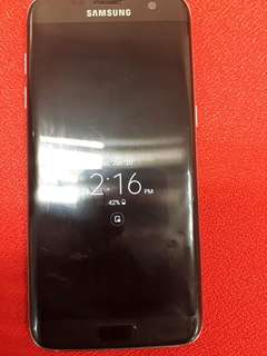 Samsung galaxy s7 edge 32 gb with charger. Color black. Unit is in good condition.