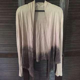 Neautral-dye Sweater