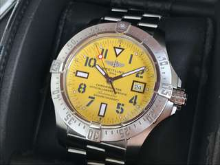 ORIGINAL BREITLING AVENGER II SEAWOLF RARE YELLOW AUTOMATIC 44MM
