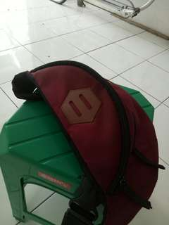 WaistBag nvrink warna merah..