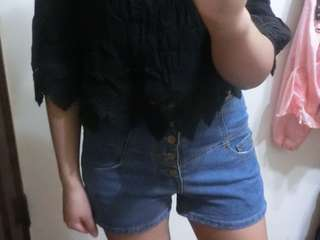 🚚 深藍排扣高腰牛仔短褲