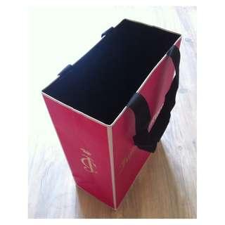 (半價) JUICY COUTURE Pink Paper Shopping Gift Bag 紙袋 禮物袋 (Half Price)