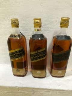 陳年威士忌全金頭黑牌johnnie walker 70clx3  (可以散賣)