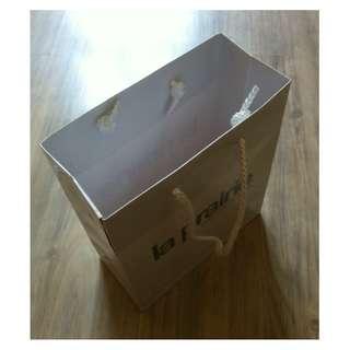 (半價) LA PRAIRIE White Paper Shopping Gift Bag 紙袋 禮物袋 (Half Price)