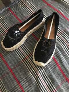 🚚 全新國外帶回夏季蕾絲加高底休閒鞋