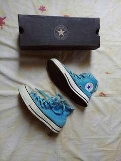 Sepatu All Star High