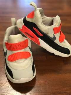 🚚 Nike Air Max 16cm(二手)童鞋