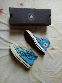 Sepatu Converge High Blue Colour