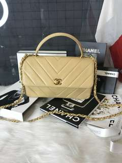 Vintage Chanel奶茶色羊皮山形紋金扣kelly bag 28x16x9cm