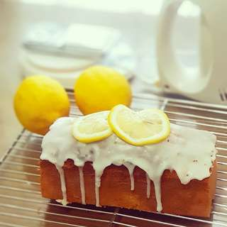 Lemon batter cake