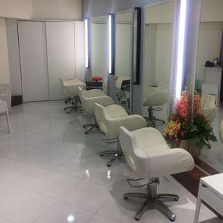 Shop space for Rent (Ideal for hair salon)