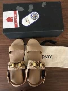 PVRA Duvva Heels Light Tan 40