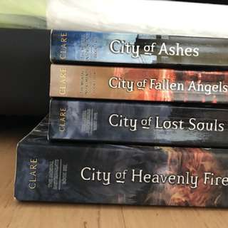 The Mortal Instruments Series (4/6)