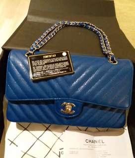 Chanel 25cm 💰3xxxx  現貨 藍色控請來