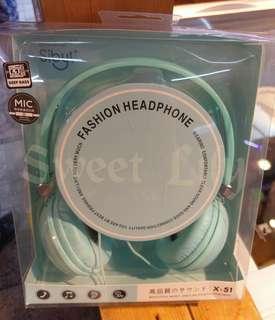 🚚 Sibyl頭戴式果凍色珍珠豆帶麥電腦手機全罩耳機 $199  全新