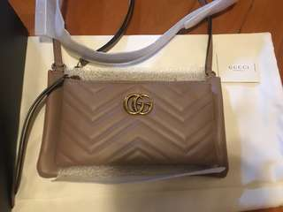 Gucci marmont pouch bag