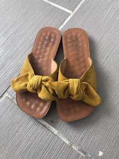 Yellow sandals size 37