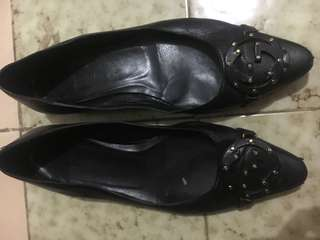 Gucci flat shoes authentic