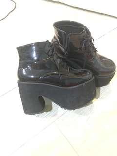 🚚 厚底跟鞋