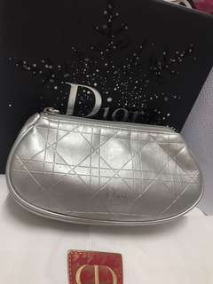 Dior beauty pouch