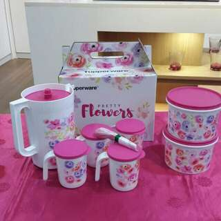 Pretty flowers set